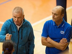 Trenéři frýdecko-místeckých volejbalistek Leopold Tůma (vlevo) a Petr Štika.