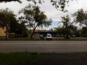 Záchranářské manévry si vyžádaly zablokování křižovatky ulic Ostravské a Jana Opletala.