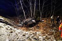 Nehoda automobilu poblíž obce Bílá.