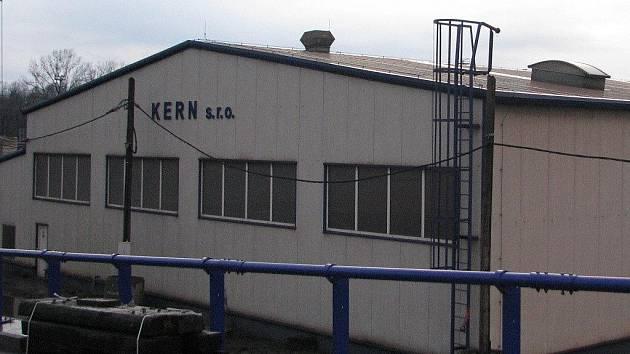 Společnost Kern sídlí v Konské na třinecké průmyslové zóně.