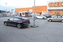 Policisté zjišťují veškeré informace k dopravní nehodě, ke které došlo dne 26. dubna 2021 kolem 17:30 hodin.