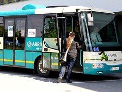 Nejen elektrobusy budou v pondělí k vidění na parkovišti u městského úřadu v Jablunkovské ulici v Třinci.