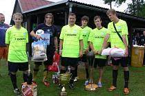 Vítězný tým frýdecko-místeckého Unitedu. Zleva stojí: Jakub Uherek, Jan Balko, Martin Sojka, Marián Causidis, Marek Causidis, Michal Hlaváč.