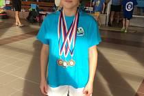 V Třebíči se nejvíce dařilo frýdecko-místecké plavkyni Anně Studénková, která třikrát stanula na stupních vítězů.