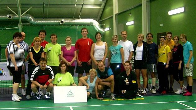 Ve frýdecko-místeckém sportovním klubu Prestige Tennis Park se uskutečnila další ze série regionálních turnajů v badmintonu v kategorii smíšených dvojic.