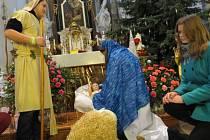 Na Štědrý den odpoledne hostil kostel sv. Jana a Pavla v Místku dětskou vánoční mši.