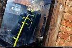 Zásah hasičů u požáru v Olešné.