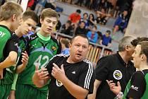 FRÝDECKO-MÍSTEČTÍ trenéři se snažili své svěřence naburcovat, na domácím MČR získal celek ŠSK Beskydy nakonec stříbrné medaile.