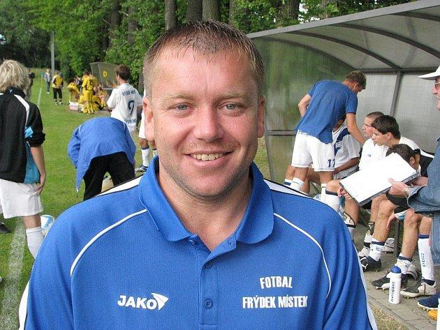 Roman Vojvodík nahradil na lavičce valcířů v roli asistenta trenéra odcházejícího Dalibora Damka.