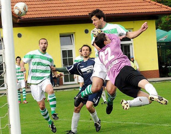 Fotbalistům Čeladné se vdomácím duelu sRaškovicemi střelecky dařilo, když soupeři nastříleli sedm gólů.