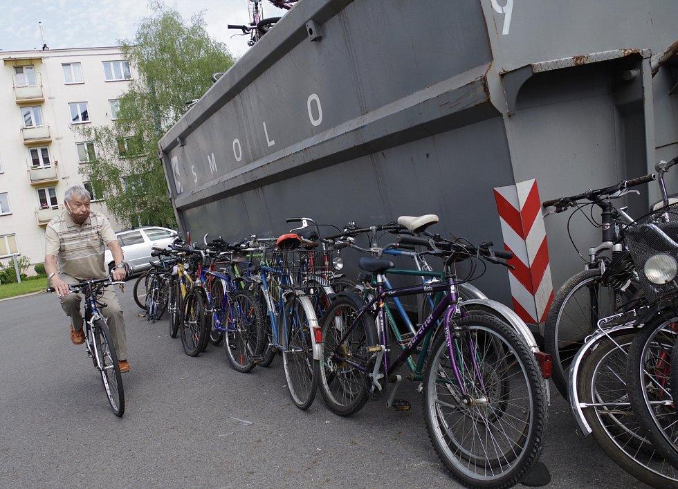 Do projektu Kola pro Afriku se v Třinci vybralo přes 200 bicyklů.