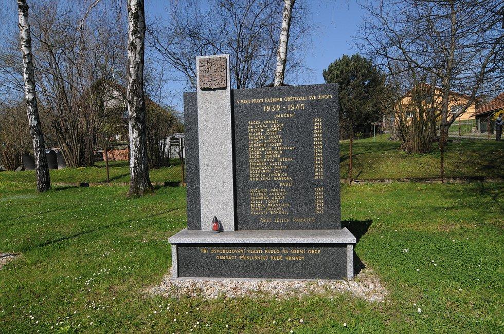 Památník obětem II. světové války.