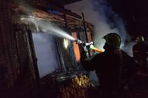 Požár chaty v Pržně.