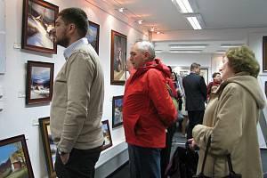 Galerie Pod Zámkem ve Frýdku-Místku je od pondělí 4. dubna místem výstavy obrazů Štěpána Krhuta.