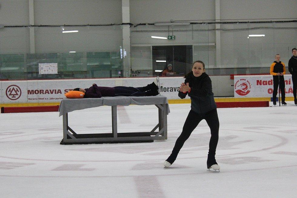 Trénink v malé třinecké Werk Areně na novou sezonu muzikálu Sněhurka na ledě.