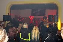 Metalový festival Undergrinder mania ve Starém Městě.