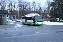 MHD ve Frýdku-Místku provozuje ČSAD Frýdek-Místek.