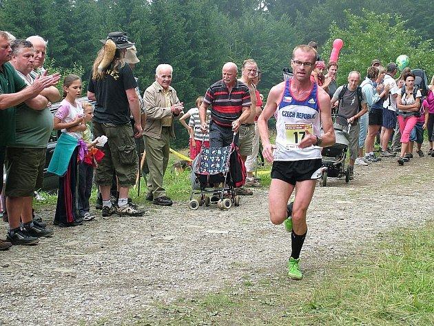 Běh na Kozubovou. Na snímku je zachycen Tomáš Bláha z Kroměříže