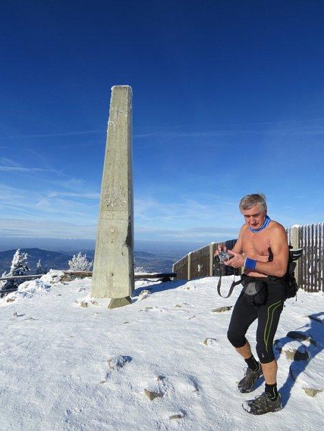 Jan Čupa na vrcholu beskydské Lysé hory.