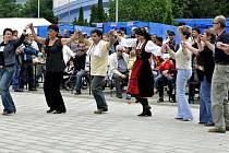 Členové místní Řecké obce předvedli ukázky národních tanců.