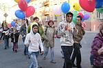 Studentský dobrovolnický klub Adra uspořádal ve čtvrtek 3. listopadu akci s názvem Průvod dobrovolníků.