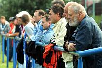 Divizní fotbalisté si na úvod sezony připsali velice cenné vítězství, když na domácím trávníku zdolali díky trefě útočníka Vokouna silný celek Petrovic.
