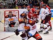 Hokejisté Třince proti Spartě. Ilustrační foto.