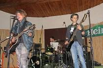 Letní scéna Stounu ve Frýdku-Místku hostila koncerty začínajících kapel.