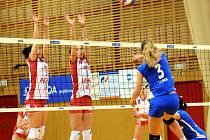 Volejbalistky Frýdku-Místku v utkání s hráčkami Prostějova.