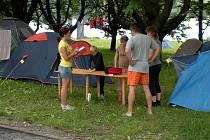 K samostatným průzkumům technických služeb patří také dotazy, které se týkají spokojenosti návštěvníku kempu na Olešné. Ty se provádějí v průběhu celé sezony.