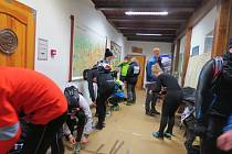 """V sobotu 24. ledna v 11 hodin odstartoval z Ostravice eXtrémní závod """"Adidas 24 hodin na Lysé hoře""""."""