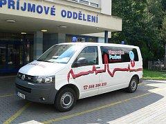 Nový sanitní vůz Nemocnice podlesí.