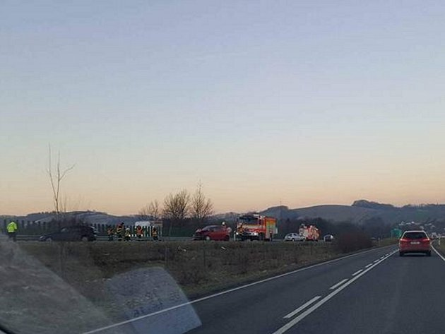 Nehoda na D48 u Hukvald.