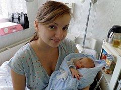 Jakub Kajzar s maminkou, Třinec – Osůvky, nar. 26. 10., 48 cm, 3,25 kg, Nemocnice Třinec.