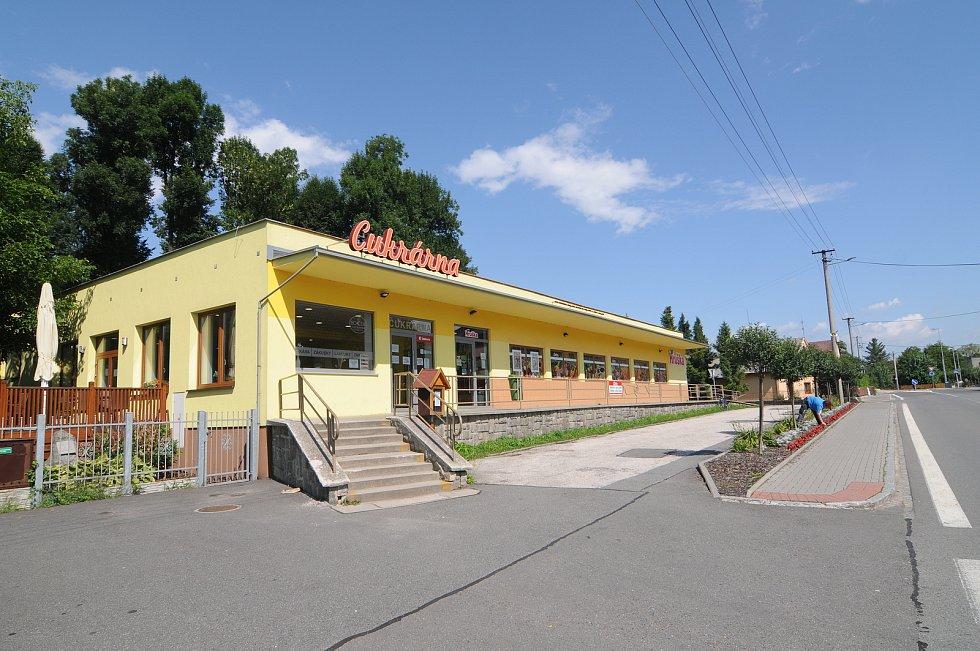 Obchod s potravinami v Krmelíně.