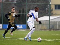 Fotbalisté Frýdku-Místku (v bílém) v utkání Tipsport ligy v Olomouci remizovali se Znojmem 1:1.