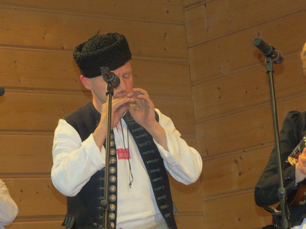 Bal gorolski - pětatřicátý ročník přehlídky lidových kapel a folklorních souborů.