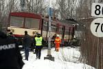Poslední aktualizace zraněných při čelní srážce osobních vlaků v Paskově. Celkem bylo zraněno 42 osob, z toho 2 těžce, 7 osob je hospitalizováno v nemocnicích.