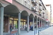 Obchody na třineckém náměstí T.G.M. Ilustrační snímek.