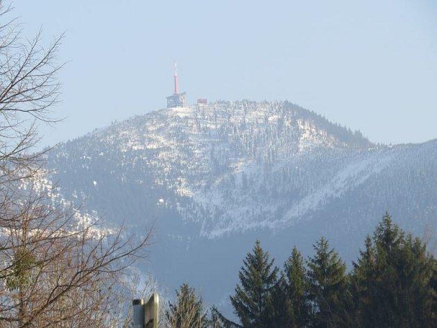 KRÁLOVNA BESKYD - Lysá hora se nyní může pyšnit téměř metrovou peřinou.