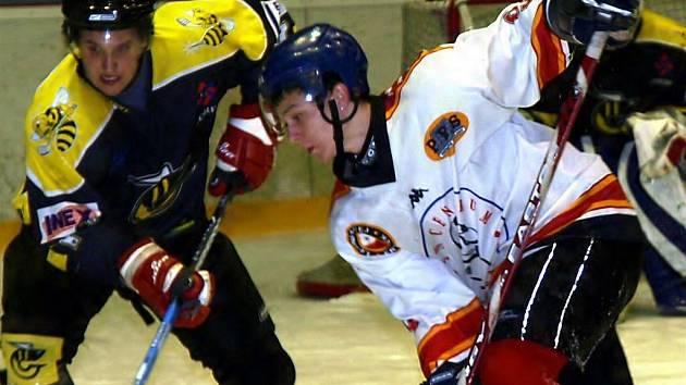 Hokejisté Frýdku-Místku i přes porážku do druhé ligy postupují.