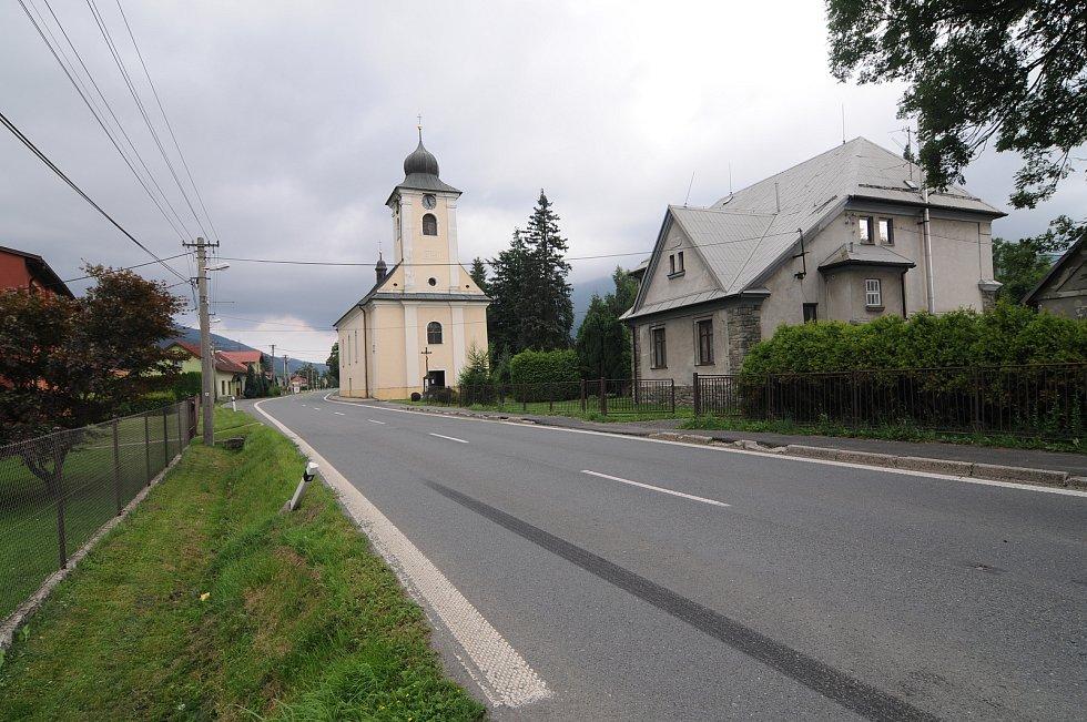 Kostel Nejsvětější Trojice v Ostravici.