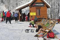 Ideální podmínky k lyžování zažili v sobotu návštěvníci areálu Opálená Pstruží.