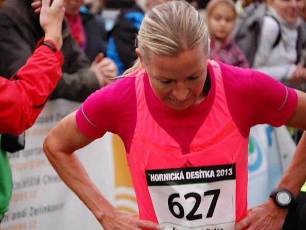 Nejlepší českou běžkyní v hlavním závodě se stala Petra Kamínková, která doběhla druhá.