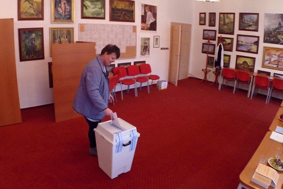 Volby v Žermanicích na Frýdecko-Místecku.