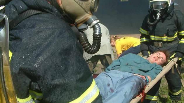 První pomoc jsou hasiči připraveni poskytnout kdykoliv a kdekoliv.