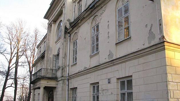 Zámek v Hnojníku, prosinec 2009.