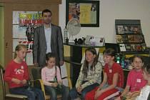 Noc s Andersenem, která ve frýdecko–místecké městské knihovně proběhla v rámci měsíce čtenářů, přilákala do čítárny malé i větší děti.