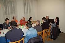 Setkání vedoucích kozlovických dětských spolků na zdejším obecním úřadě.