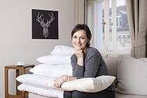 Zuzana Bílková je majitelkou tradiční manufaktury Besky na výrobu vlněných přikrývek.